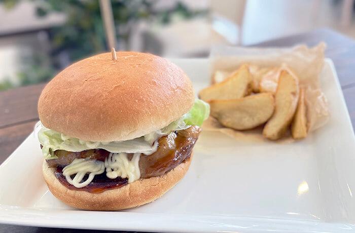 照り焼きチキンのハンバーガーセット