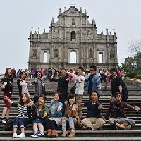 毎年海外研修旅行も取り入れています